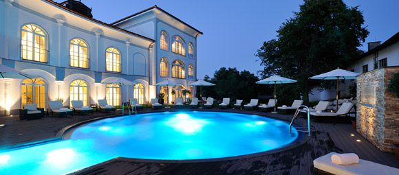 hotel with swimming pool at the chiemsee. Black Bedroom Furniture Sets. Home Design Ideas